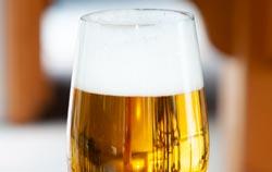 Rifrattometro per l'analisi della birra