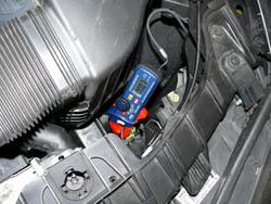 Ampere - Messinstrument im Einsatz am Motor