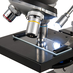Die LED-Beleuchtung vom Schüler-Mikroskop PCE-BM 100