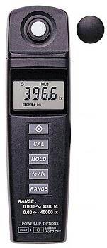 Helligkeitsmesser PCE-170 mit integriertem Sensor