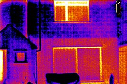 Sichtbar hohe Wärmestrahlung an Fenstern