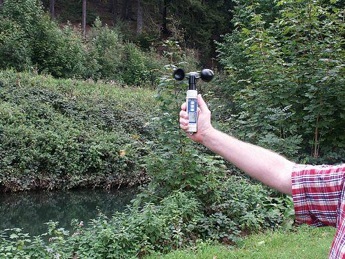 Das Schalenkreuz-Anemometer PCE-A420 im Einsatz bei der Forstwirtschaft.
