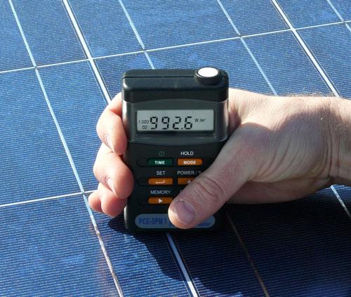 Solar-Module mit dem PCE-SPM 1