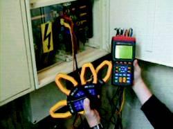 3-Phasen Leistungs.- und Stromnetzanalysator TES-3600 im Einsatz