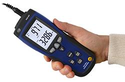Das handliche Design des Thermo-Anemometers PCE-423