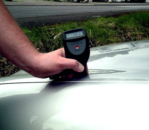 PCE-CT 28 (F/N) thickness meter: determining the thickness of paint