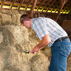 Hay Moisture Analyzer straw.