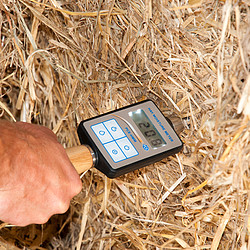Hay Moisture Analyzer test.