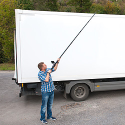 Inspection Camera with Telescoping Pole PCE-IVE 320 Over Vehicle