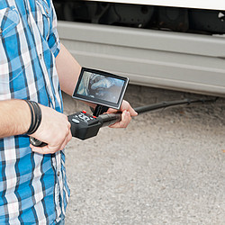Inspection Camera with Telescoping Pole PCE-IVE 320 Under Semi-Truck