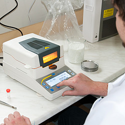Moisture Analyzing Balance PCE-MA 110-ICA Incl. ISO Calibration Certificate