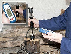 Multifunction Moisture Tester for Wood PCE-MMK 1 on Wood
