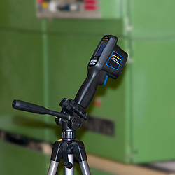 Thermal Imager Camera PCE-TC 29 on Tripod