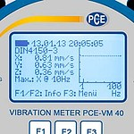 Accelerometer PCE-VM 40A display