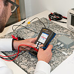 Digital Multimeter / Simulator PCE-MCA 50 application