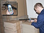 Multifunction Moisture Tester for Wood PCE-MMK 1 on Cardboard