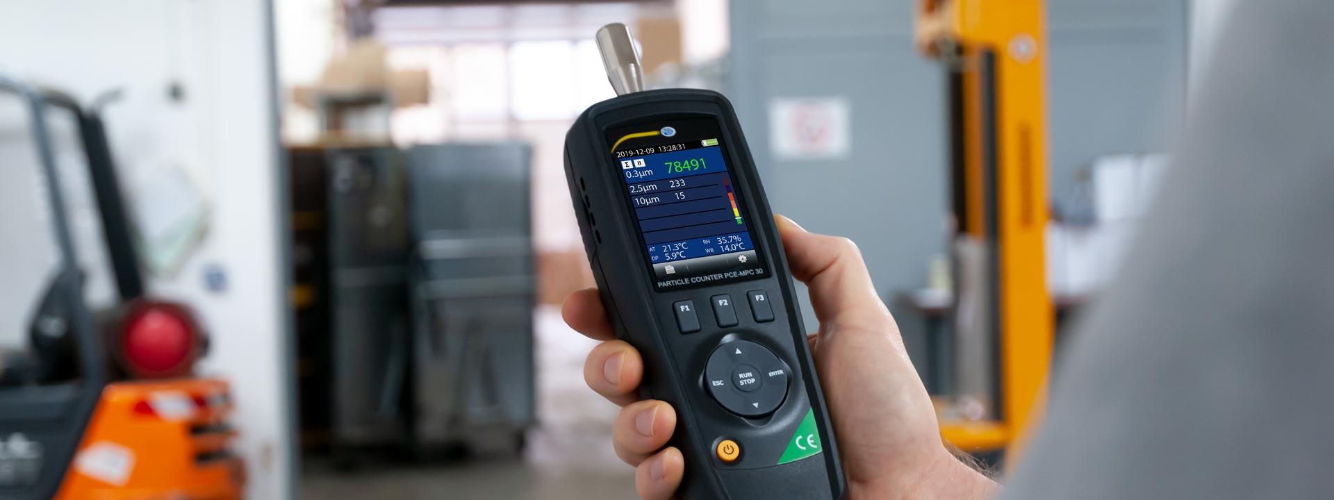 Mesureur de la qualité de l'air de PCE Instruments.