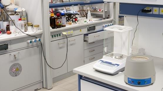 Labortechnik für die Industrie - nutzbar zur Analyse in Forschung und Entwicklung.