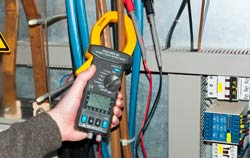 High-precision clamp meter appilcation