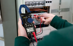 Clamp Meter in multi function application.