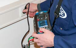 Insulation Tester / Insulation Meter in an application on a plug socket.