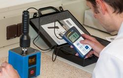 Calibration with a vibration calibrator PCE-VC 20.