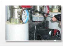 Detector de fugas con la localización acústica de fugas