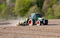 Estação meteorológica em uso na agricultura