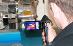 Inspection de un moteur avec une caméra thermique