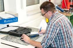 Calibration du sonomètre chez PCE Instruments.