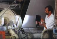 Appareil pour détecter des dommages dans des roulements et des cylindres