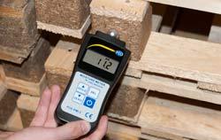 Feuchtigkeitsmesser PCE-PMI 2 für die absolute Feuchtemessung - Anwendung.