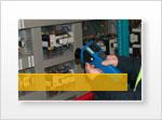 Infrarotthermometer im Einsatz bei Elektroinstallationen und Schaltschränken