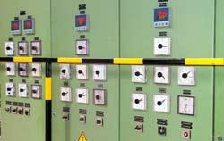 PCE Prozessregler in der Kunststoffindustrie.