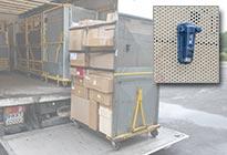 Transportüberwachung Temperatur: Transport Datenlogger bei der Verladung von Ware auf einen LKW