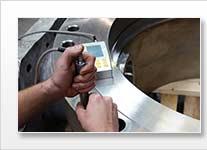 Ultraschallprüfgerät / Ultraschallmessgerät